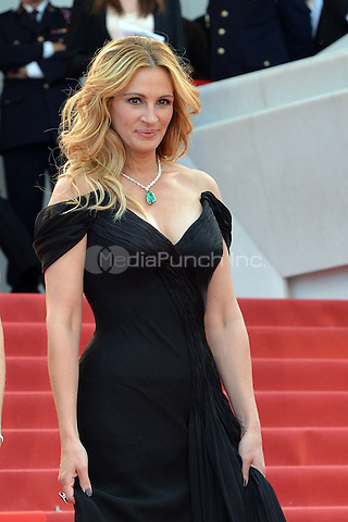 Julia Roberts at the &yen;Money Monster` screening during The 69th Annual Cannes Film Festival on May 12, 2016 in Cannes, France.<br /> CAP/LAF<br /> &copy;Lafitte/Capital Pictures /MediaPunch ***NORTH AND SOUTH AMERICA ONLY***