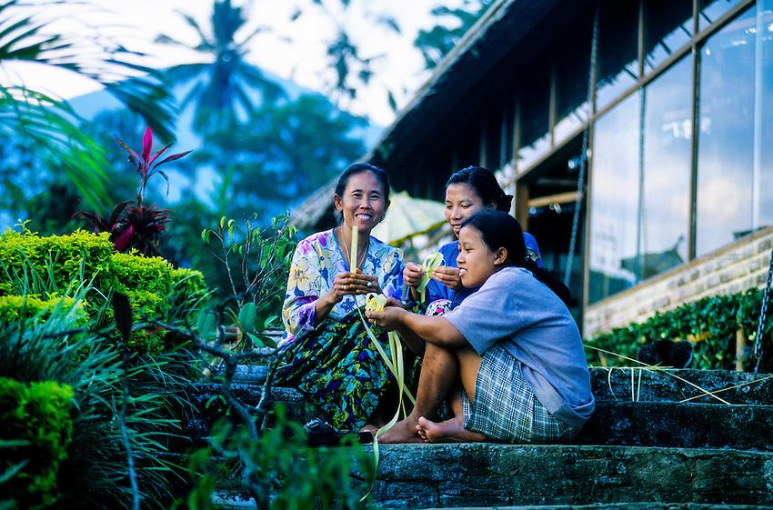 Women weaving baskets, near Jatiluwih, Bali, Indonesia