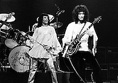 1974: QUEEN - The Rainbow London