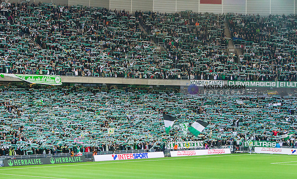 Stockholm 2014-11-02 Fotboll Superettan Hammarby IF - J&ouml;nk&ouml;pings S&ouml;dra IF :  <br /> Vy &ouml;ver Tele2 Arena med Hammarbys supportrar p&aring; l&auml;ktarna inf&ouml;r matchen mellan Hammarby IF och J&ouml;nk&ouml;pings S&ouml;dra IF <br /> (Foto: Kenta J&ouml;nsson) Nyckelord:  Superettan Tele2 Arena Hammarby HIF Bajen J&ouml;nk&ouml;ping S&ouml;dra IF J-S&ouml;dra inomhus interi&ouml;r interior supporter fans publik supporters