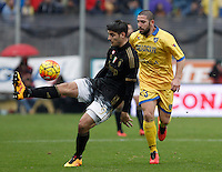 Calcio, Serie A: Frosinone vs Juventus. Frosinone, stadio Comunale, 7 febbraio 2016.<br /> Juventus&rsquo; Alvaro Morata, left, is challenged by Frosinone&rsquo;s Roberto Crivello during the Italian Serie A football match between Frosinone and Juventus at Frosinone's Comunale stadium, 7 January 2016.<br /> UPDATE IMAGES PRESS/Isabella Bonotto