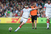 Owen Farrell of Saracens takes a penalty kick during the Aviva Premiership match between Harlequins and Saracens at the Twickenham Stoop on Sunday 30th September 2012 (Photo by Rob Munro)