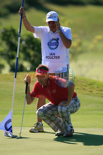 Ian Poulter (ENG) lines up his putt on the 6th green during the morning session on Day 3 of the Volvo World Match Play Championship in Finca Cortesin, Casares, Spain, 21st May 2011. (Photo Eoin Clarke/Golffile 2011)