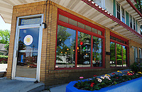 Daisy Cafe and Cupcakery on Atwood Avenue in Madison, Wisconsin