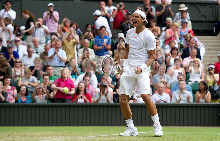 Rafael Nadal (ESP) celebrates in the macht against Robin Haase (NED) on Centre Court. The Wimbledon Championships 2010 The All England Lawn Tennis & Croquet Club  Day 4 Thursday 24/06/2010