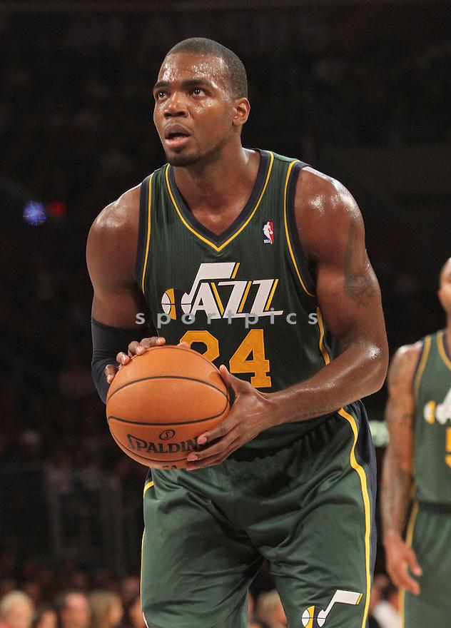 Utah Jazz Paul Millsap (24)