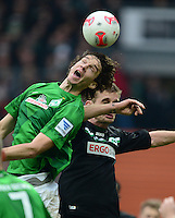 FUSSBALL   1. BUNDESLIGA   SAISON 2012/2013    26. SPIELTAG SV Werder Bremen - Greuther Fuerth                        16.03.2013 Mateo Pavlovic (li, SV Werder Bremen) gegen Milorad Pekovic (re, Greuther Fuerth)