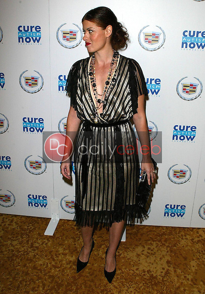 Debra Messing<br />