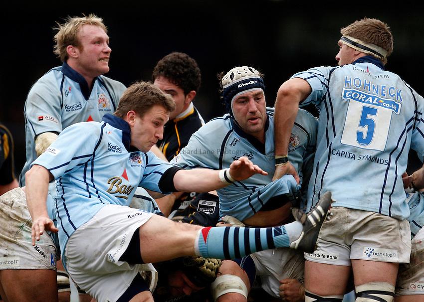 Photo: Richard Lane/Richard Lane Photography. .London Wasps v Bristol Rugby. Guinness Premiership. 23/02/3008. Bristol's Brian O'Riordan kicks.