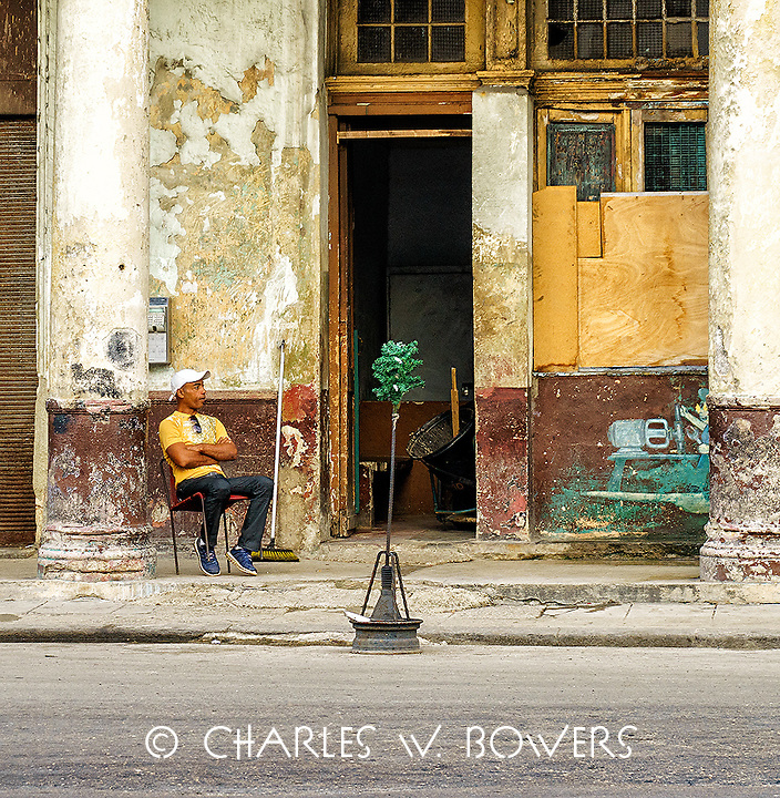 Faces Of Cuba - Waiting for the next customer to come along<br />