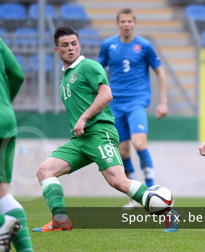 20150331 - MANNHEIM, Germany :<br /> <br /> Irish Ryan Goldsmith<br /> , pictured during the soccer match between Under 19 teams of Republic of Ireland and Slovakia , on the third and last matchday  in Group 2 of the UEFA Elite Round Under 19 at the Carl-Benz Stadium, Mannheim, Germany<br /> <br /> Thursday 31 march 2015<br /> foto Dirk Vuylsteke / David CATRY
