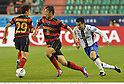 (L-R) Lee Myung-Joo, Park Sung-Ho (Steelers), Yasuyuki Konno (Gamba),.MAY 2, 2012 - Football / Soccer :.AFC Champions League Group E match between Pohang Steelers 2-0 Gamba Osaka at Pohang Steel Yard in Pohang, South Korea. (Photo by Takamoto Tokuhara/AFLO)