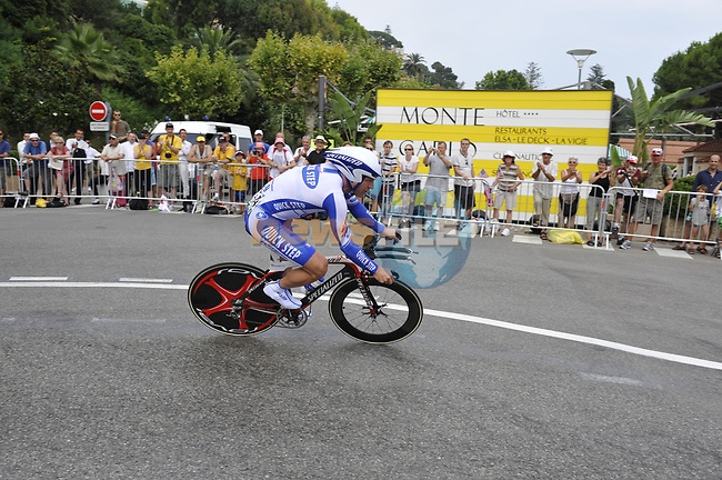 Quick Step team rider Steven De Jongh (NED) rounds the hairpin during the 1st stage prologue of the 2009 Tour de France in Monaco, 4th July 2009 (Photo by Eoin Clarke/NEWSFILE)