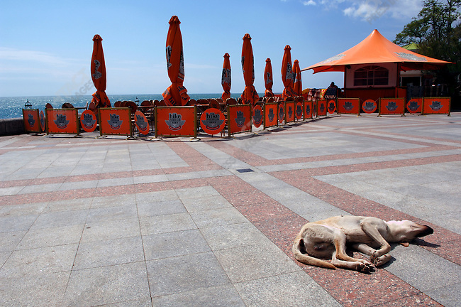 On the seafront promenade in Yalta. Republic of Crimea, May 27, 2006.