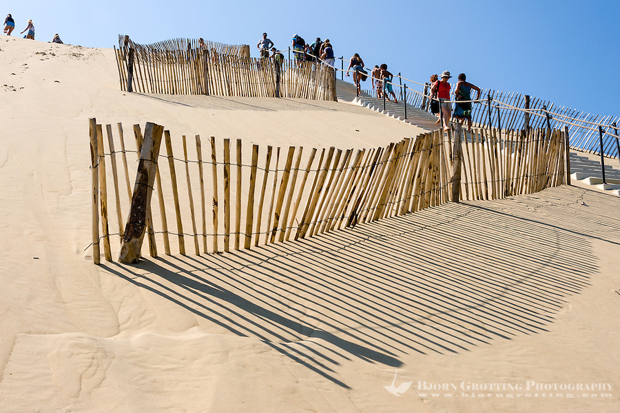 France, La Teste-de-Buch, Arcachon Bay. Dune du Pilat, the tallest sand dune in Europe.