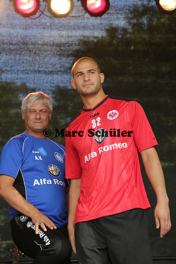 Torwart Aykut Oezer - Eintracht Frankfurt Saisoneroeffnung