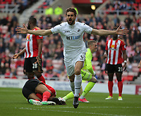 Fernando Llorente of Swansea City celebrates his goal during to the Premier League match between Sunderland and Swansea City at the Stadium of Light, Sunderland, England, UK. Saturday 13 May 2017