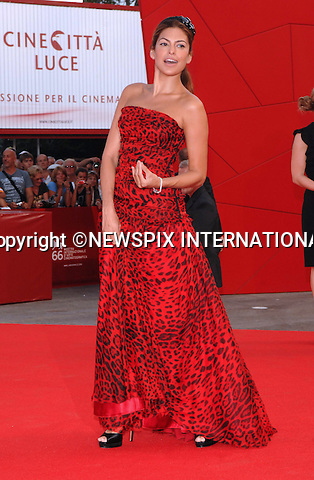 """EVA MENDES.at the  66th Venice Film Festival , Venice_02/09/2009.Mandatory Credit Photo: ©NEWSPIX INTERNATIONAL..**ALL FEES PAYABLE TO: """"NEWSPIX INTERNATIONAL""""**..IMMEDIATE CONFIRMATION OF USAGE REQUIRED:.Newspix International, 31 Chinnery Hill, Bishop's Stortford, ENGLAND CM23 3PS.Tel:+441279 324672  ; Fax: +441279656877.Mobile:  07775681153.e-mail: info@newspixinternational.co.uk"""