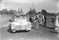16/7/1959 Tour de France 1959.<br /> Stage 20 - ANNECY to CHALON SUR SAONE.<br /> Brian Robinson.<br /> Photo: Offside / L'Equipe. COPYRIGHT WARNING : THIS IMAGE IS RIGHTS MANAGED AND THE COPYRIGHT MAY SIT WITH A THIRD PARTY PLEASE CONTACT simon@swpix.com BEFORE DOWNLOAD AND OR USE