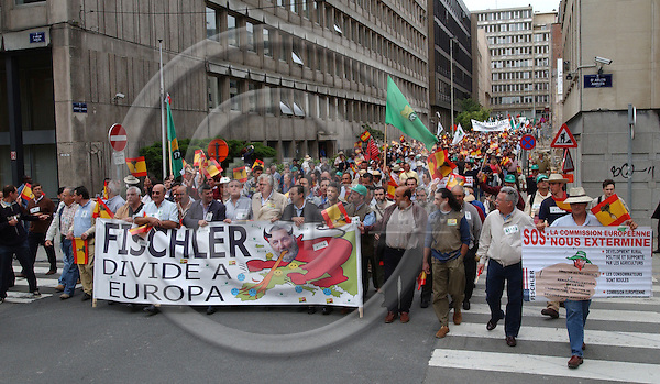 Brussels-Belgium - July 14, 2004---European sugar farmers and producers, mainly from Spain, gather in the 'European district' of Brussels to demonstrate against the reform of the sugar market / sector / production, which is to be proposed by the European Commission the same day---Photo: Horst Wagner/eup-images