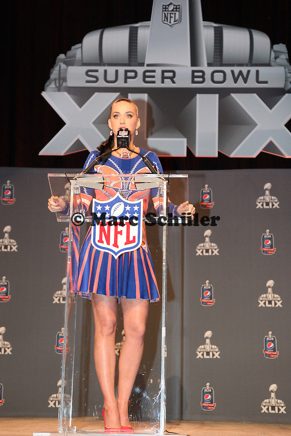 Katy Perry tritt in der Halbzeitshow beim Super Bowl XLIX auf - Entertainment Pressekonferenz, Convention Center Phoenix