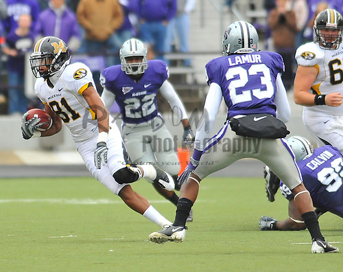 Nov 14, 2009; Manhattan, KS, USA; Missouri wide receiver Danario Alexander (81) runs for yardage in the firt half against the Kansas State Wildcats at Bill Snyder Family Stadium. The Tigers won 38-12. Mandatory Credit: Denny Medley-US PRESSWIRE