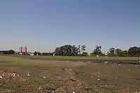 SAO PAULO 11.09.2014 - NIVEL DAS REPRESAS - Vista da Represa do Guarapiranga na região sul da cidade de Sao Paulo nesta quinta-feira, 11. Segundo a Sabesp, o sistema está com 56,3% de sua capacidade contra os 9,8% dos sistema cantareira. (Foto: Fabricio Bomjardim / Brazil Photo Press).
