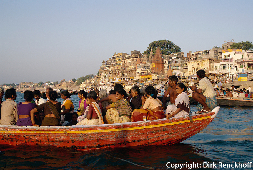 am Dasswamedh Ghat des Ganges, Varanasi (Uttar Pradesh)Indien