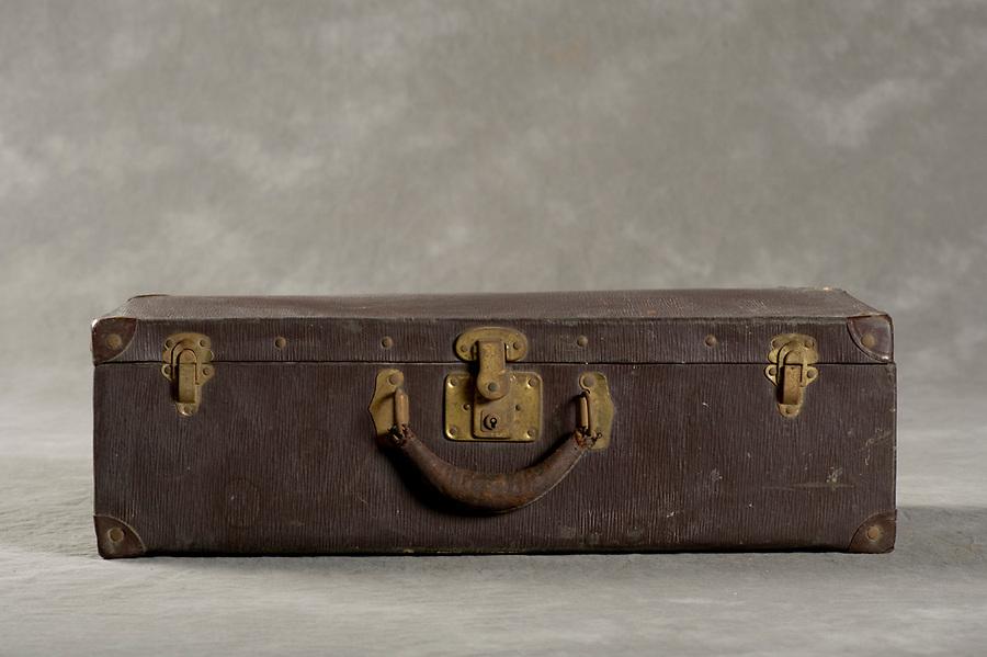 Willard Asylum Suitcases<br /> <br /> &copy;2012 Jon Crispin<br /> ALL RIGHTS RESERVED<br /> <br /> <br /> <br /> <br /> <br /> &copy;2012 Jon Crispin<br /> ALL RIGHTS RESERVED