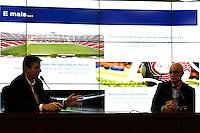 SÃO PAULO,SP,02 AGOSTO 2012 -ILUMINAÇÃO ESTADIO CORINTHIANS<br />  Sérgio Costa, responsável pela área de Projetos  e Soluções OSRAM no Brasil, e Aníbal Coutinho, arquiteto da Arena Corinthians concederão entrevista coletiva no CT Dr. Joaquim Grava para apresentar detalhes a respeito da iluminação do futuro estádio do Corinthians. FOTO ALE VIANNA - BRAZIL FOTO PRESS
