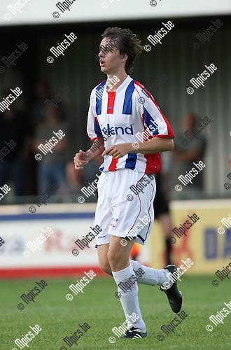 2009-07-22 / Voetbal / seizoen 2009-2010 / KFC Mol-Wezel / Daan Vanden Boer..Foto: Maarten Straetemans (SMB)