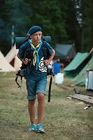 20140805 Vilda-l&auml;ger p&aring; Kragen&auml;s. Foto f&ouml;r Scoutshop.se<br /> g&aring;, basker, scout, l&auml;ger, l&auml;gerby, t&auml;lt, skog, tr&auml;d, gr&auml;s