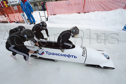 05.02.2016. St Moritz, Switzerland. FIBT 4-Man bobsleigh world championships. Practise day.  Alexey Stulnev (RUS) leads his team down the course