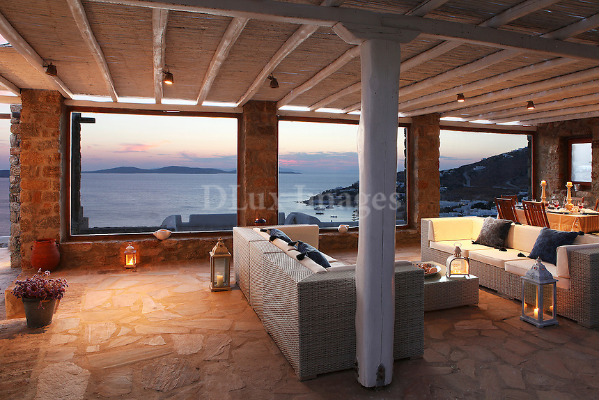 outdoor white sofas