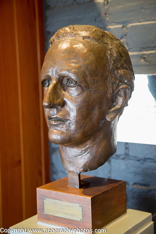 Bronze head sculpture of Peter Pears by Georg Ehrlich 1963, Snape Maltings, Suffolk, England, Uk