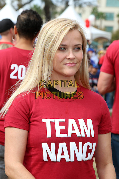 LOS ANGELES, CA - OCTOBER 16: Reese Witherspoon at the ALS Association Golden West Chapter Los Angeles County Walk To Defeat ALS at Exposition Park in Los Angeles, CA on October 16, 2016. <br /> CAP/MPI/DE<br /> &copy;DE/MPI/Capital Pictures