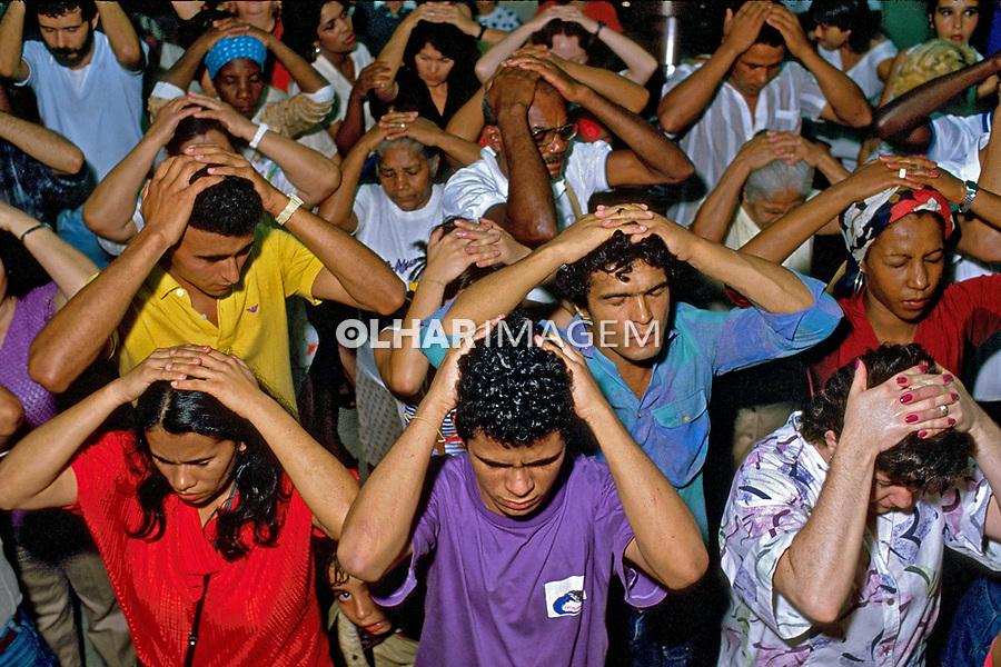 Culto religioso da Igreja Universal. Rio de Janeiro. 1986. Foto de Nair Benedicto.