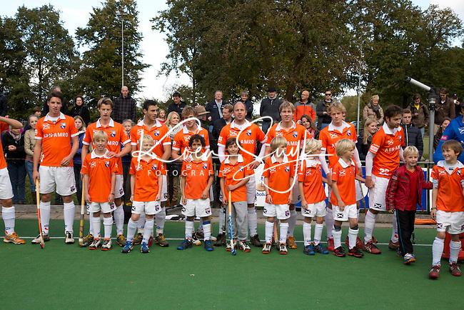 GROENEKAN - Bloemendaal jongens E1 bij de wedstrijd tussen Voordaan en Bloemendaal. COPYRIGHT KOEN SUYK
