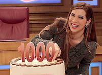 La trasmissione Rai &quot; Verdetto Finale festeggia le sue 1000 puntate<br /> nella foto Veronica Maya con la torta