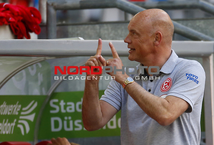 Trainer Uwe Roesler (F95)<br />