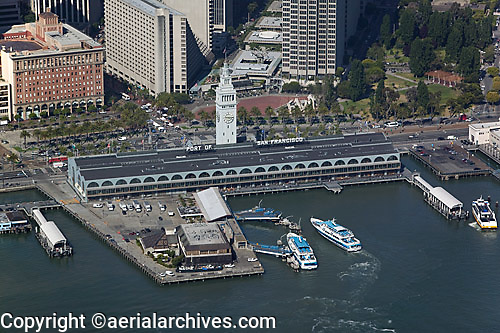 aerial photograph Ferry building, One Market Street, Hyatt hotel, San Francisco, California