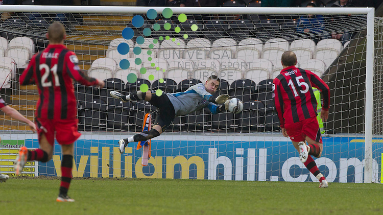 Ross County goal keeper Michael Fraser during the St Mirren v Ross County William Hill Scottish Cup round Five..Picture: Maurice McDonald/Universal News And Sport (Scotland). 4 February 2012. www.unpixs.com.