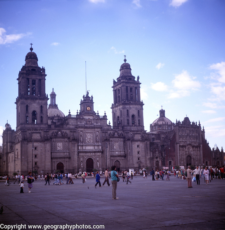 A294H3 Cathedral zocalo Mexico City Mexico