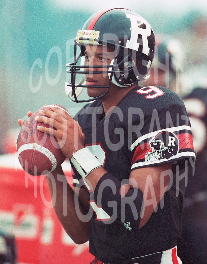 Damon Allen Ottawa Rough Riders 1991. Copyright photograph Scott Grant