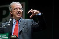Walter Veltroni ha deciso di non ricandidarsi alle prossime elezioni dando così il via a quel fenomeno del rinnovamento nel Parlamento Italiano che sembra sarà il leitmotiv della prossima campagna elettorale.