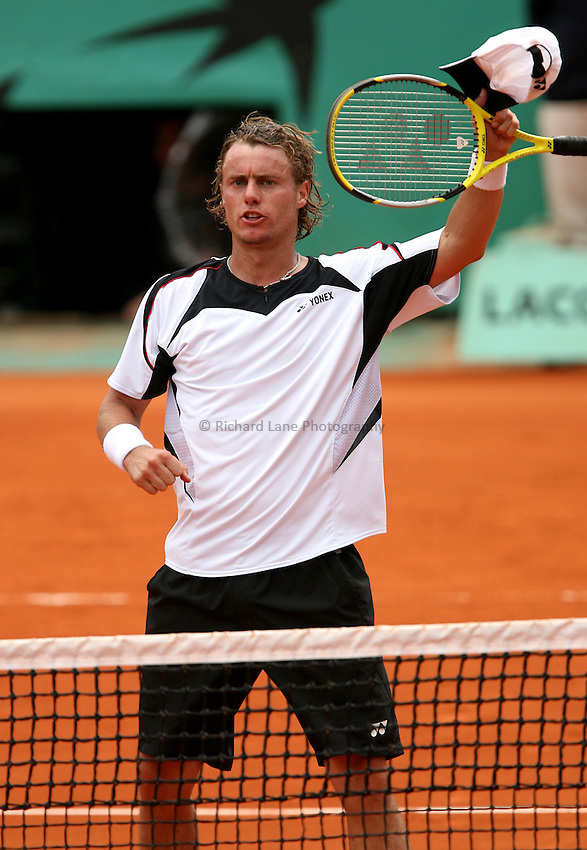 Photo: Iconsport/Richard Lane Photography..French Open, Roland Garros 2007. 31/05/2007..Lleyton Hewitt celebrates.