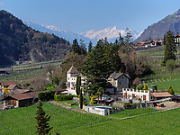 Blick vom Algunder Waalweg, Algund-Lagundo, Provinz Bozen &ndash; S&uuml;dtirol, Italien<br /> Scnery at Hiking Trail Algunder Waalweg, Algund-Lagundo, province Bozen-South Tyrol, Italy
