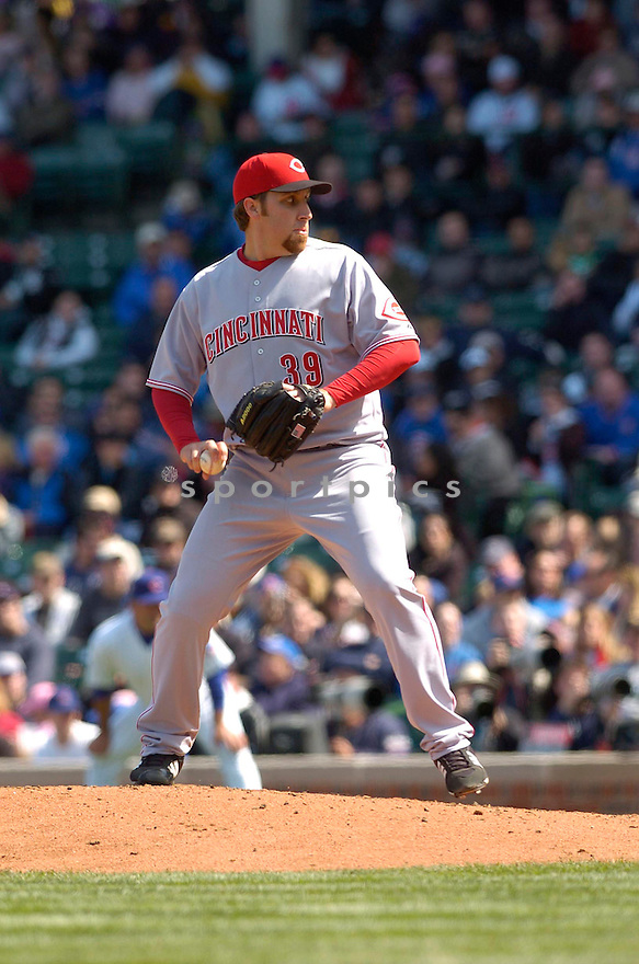 AARON HARANG, of the Cincinnati Reds, in action during their game against the Chicago Cubs on April 13, 2007  in Chicago, IL...Reds win 6-5....DAVID DUROCHIK / SPORTPICS..