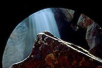 Brumadinho_MG, Brasil...Cachoeira no Retiro das Pedras, proximo a Agua Branca...A watterfall in Retiro das Pedras condominium, next to Agua Branca...Foto: LEO DRUMOND / NITRO