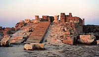 Libia  Sabratha .Citt&agrave;  romana a circa 67km da Tripoli.Il Tempio di Antonino.<br /> Sabratha Libya.Roman city about 67km from Tripoli. <br /> The Temple of Antoninus.